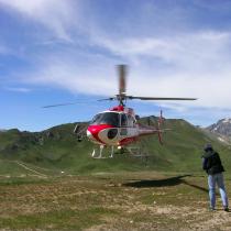 Remo Stoffel will Reiche mit dem Heli nach Vals bringen (Archivfoto: GR24.ch)